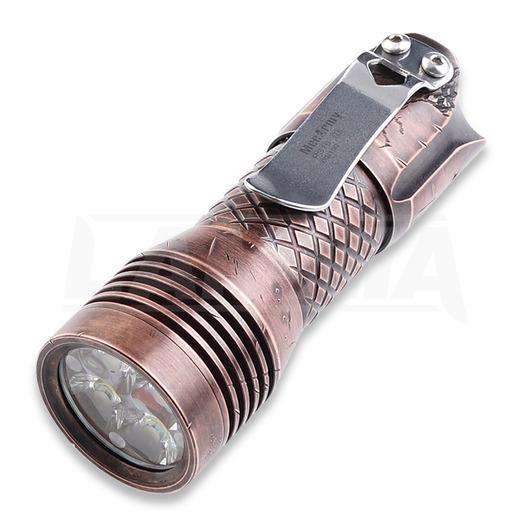 MecArmy PS16 flashlight, copper scar