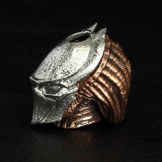 Apabead Masked predator bead